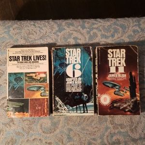 Vintage Star Trek paperbacks